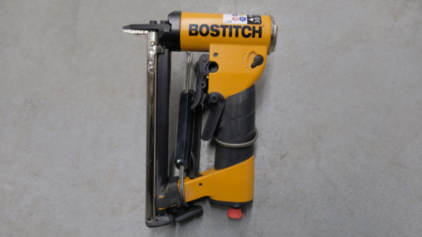 Bostitch-lot-outlet-1-produit2